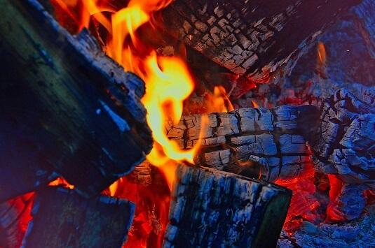 Técnicas primitivas para hacer fuego